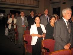 14. O secventa solemna din sala de spectacole